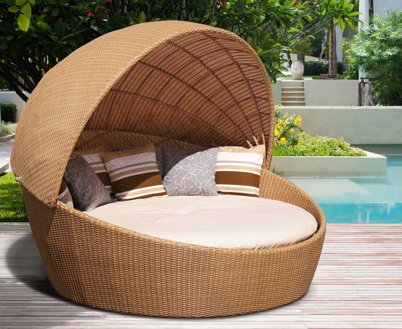 Oyster Rattan Daybed With Canopy Round Wicker