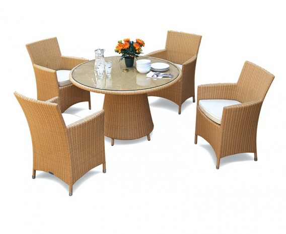 4 Seat All Weather Wicker Dining Set W Glass Top Table
