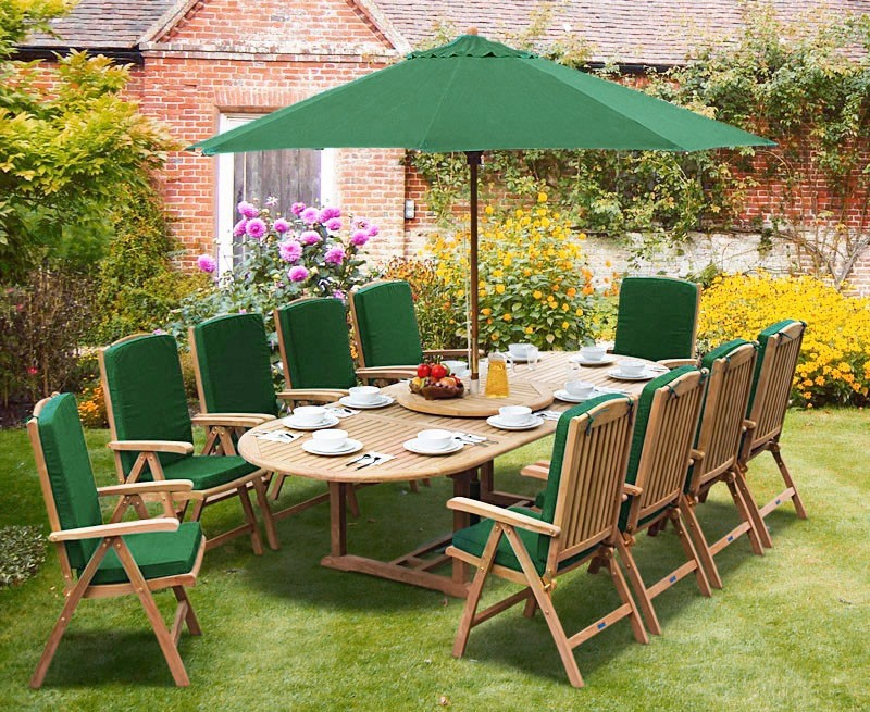 Brompton Extending 2 - 3m Table & 10 Cheltenham Recliner Chairs