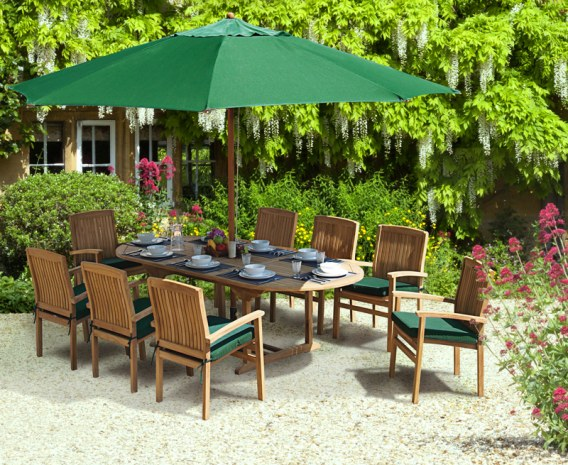 Brompton 8 Seater Extendable Table 1.1x1.8-2.4m & Bali Stacking Chairs