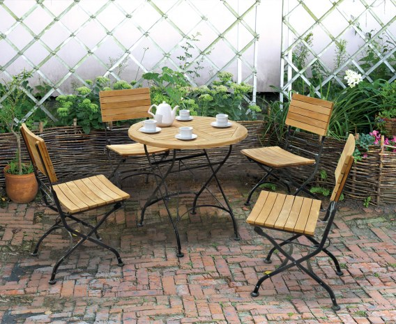 Bistro Round 0 8m Table Amp 4 Chairs Teak Amp Metal Folding